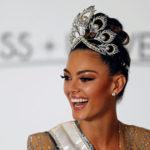 Корону «Мисс Вселенная-2017» получила представительница ЮАР